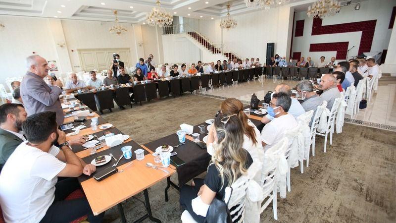 Derince'de Eğitim Dönemi Öncesi Toplantı