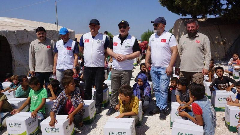 Başkan Bıyık, İdlib'e yardım götürdü