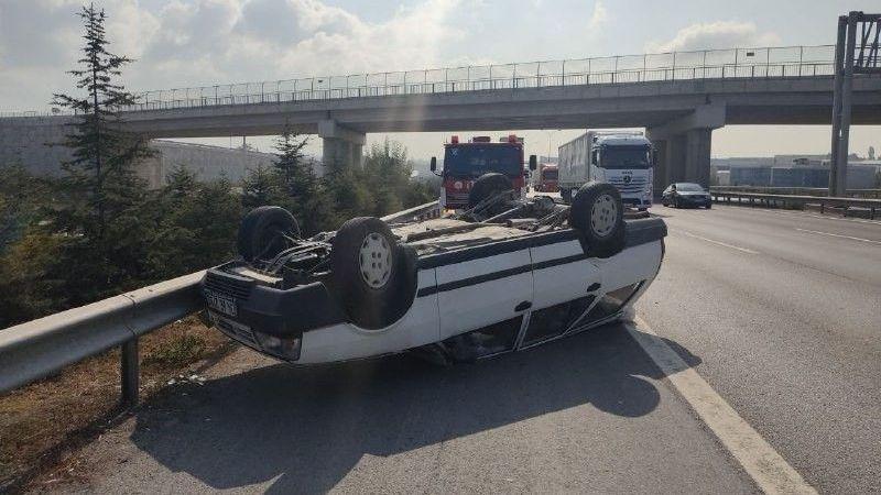 Otomobil TEM'de takla attı
