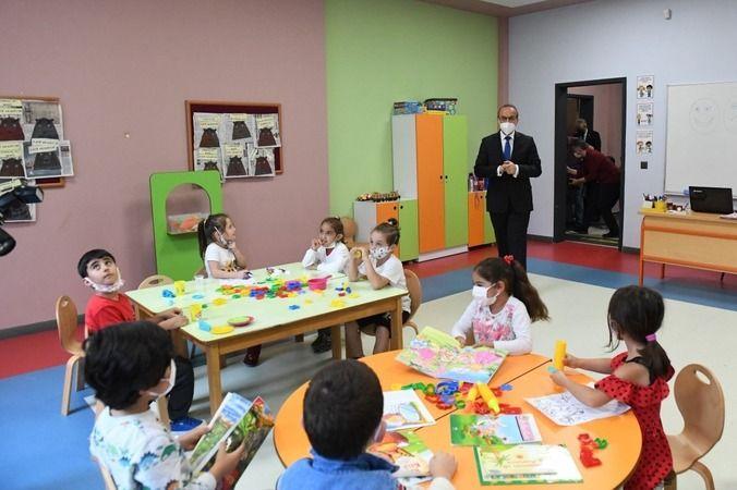 Vali Yavuz'dan okul ziyareti