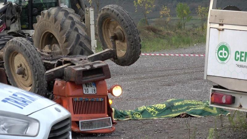Traktör takla attı, üzerindeki genç öldü