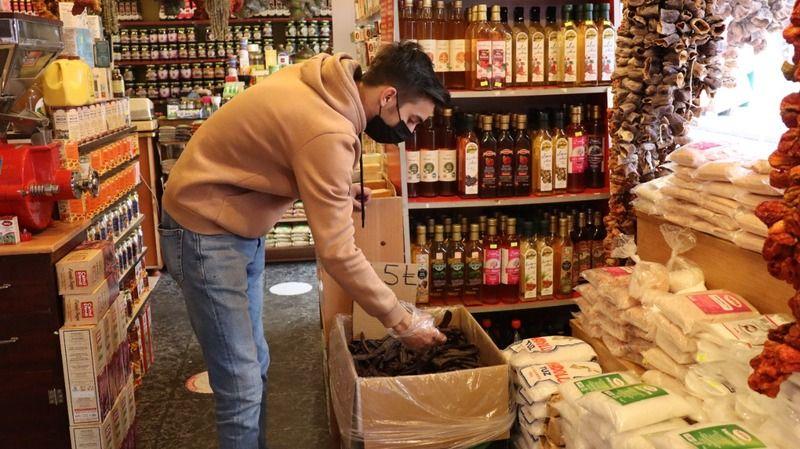 Ihlamur ve kış çayı kapış kapış satılıyor