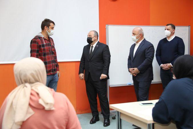 Bakan Varank, Darıca'daki projeleri inceledi