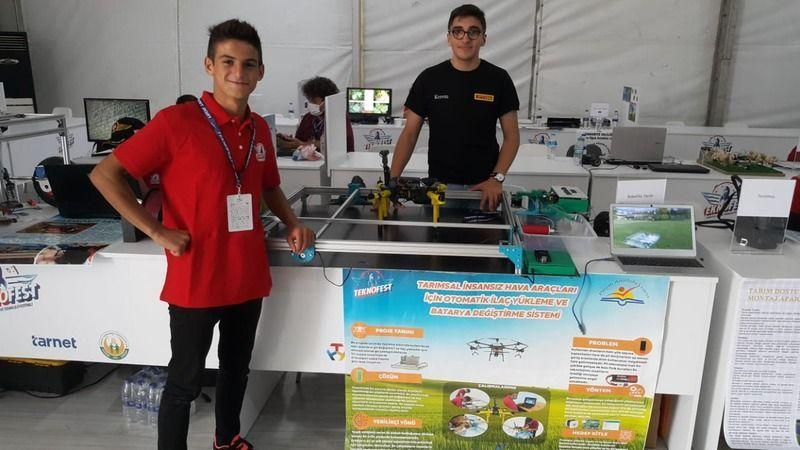 Pirelli Anadolu Lisesi Kartepe'nin gururu oldu