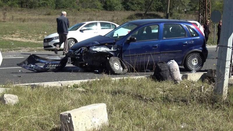 Kazada yaralanan kadın böyle kurtarıldı