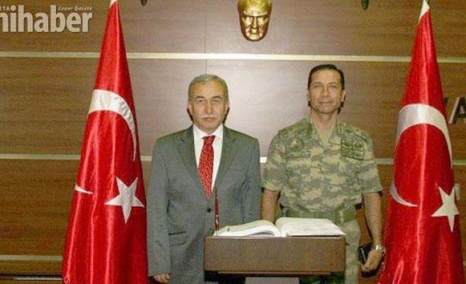 Tugay Komutanı Tuğgeneral Bilgehan Saymaz görevine başladı