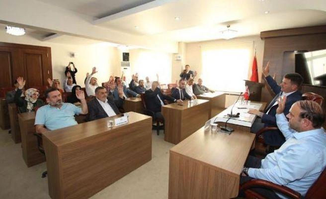 Akyazı Belediyesi'nin bütçesi kabul edildi