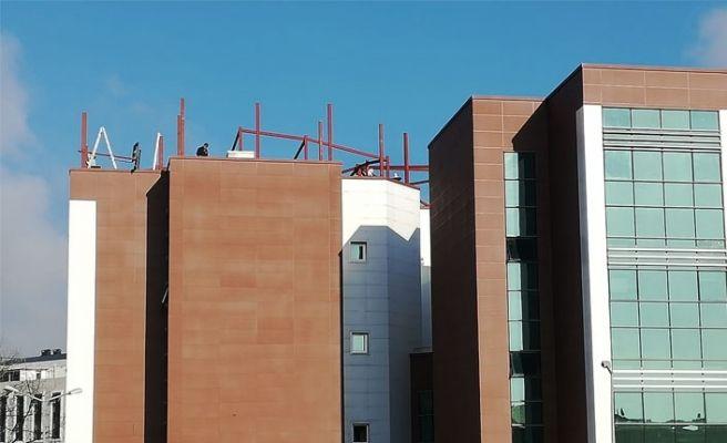 Diş hastanesinin çatı sorunu çözülüyor