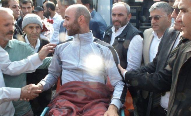 El Bap Gazisi Akyazı'da dualarla karşılandı