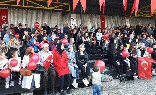 Akyazı'da Cumhuriyet coşkusu