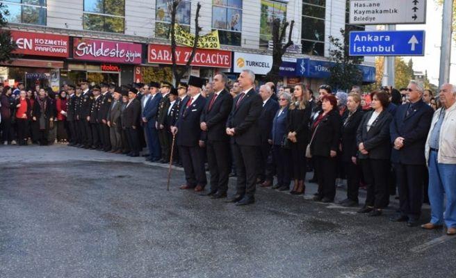 Atatürk Hendek'te saygıyla anıldı