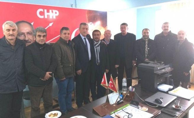 Akyazılı muhtarlardan CHP'ye ziyaret