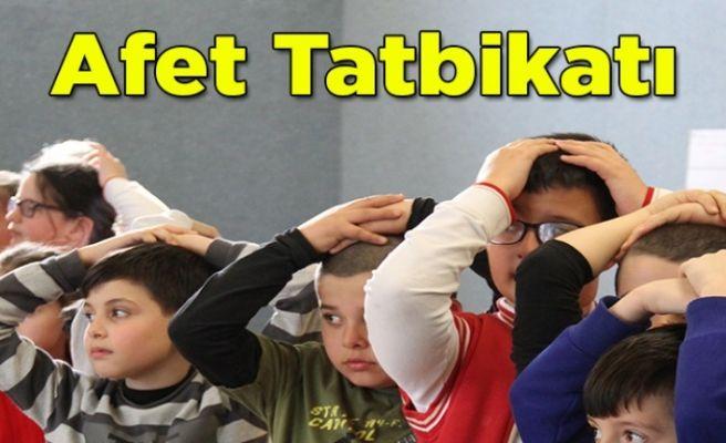 Büyükşehir'den öğrencilerle afet tatbikatı