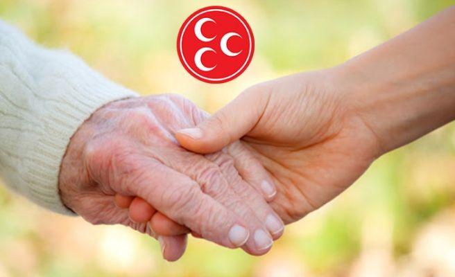 Ülkücüler yaşlı vatandaşların hizmetinde