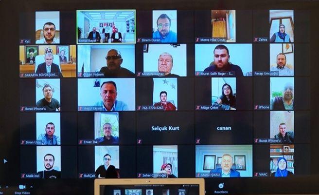 AKP'liler video konferansla bayramlaştı