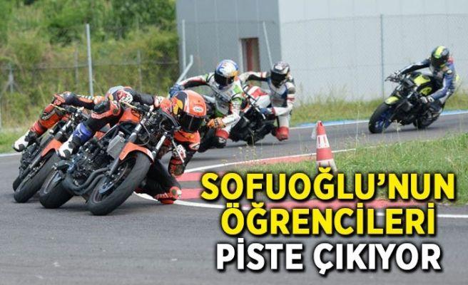 Kenan Sofuoğlu'nun öğrencileri piste çıkıyor