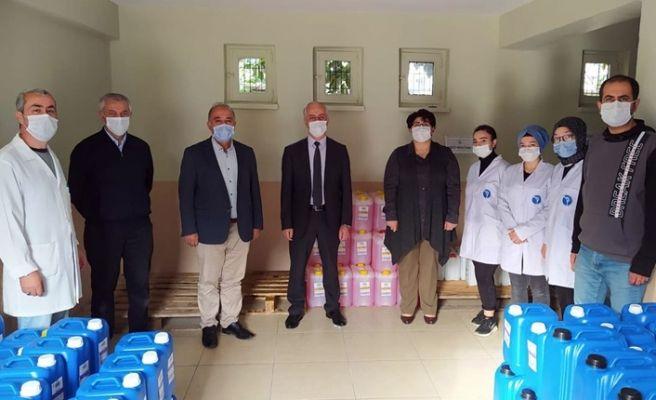Karasu'da meslek lisesinde 100 ton dezenfektan üretildi