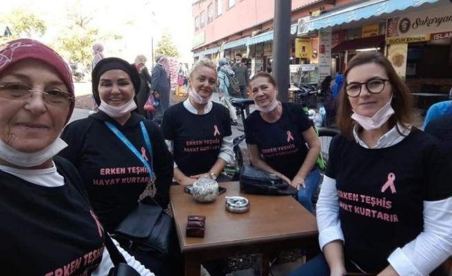 İYİ Partili kadınlar meme kanserine dikkat çekti
