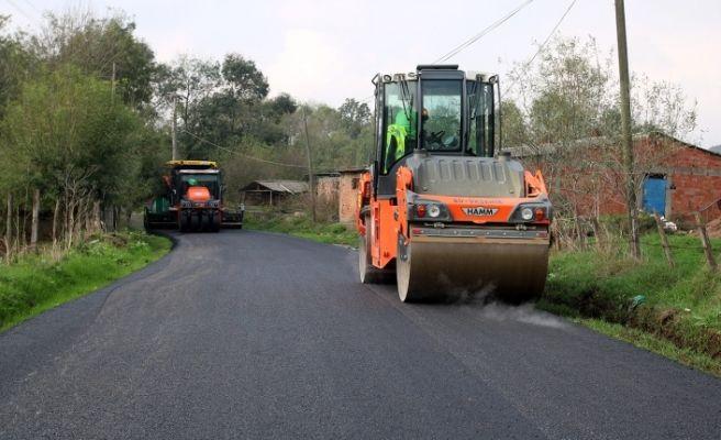 Kaynarca'da asfalt çalışmaları devam ediyor