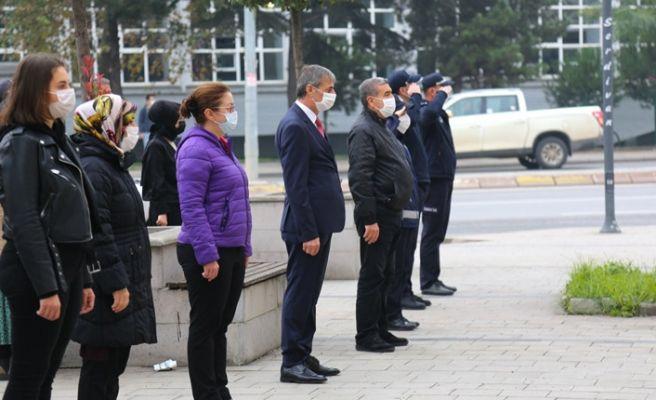 Serdivan'da 9'u 5 geçe hayat durdu