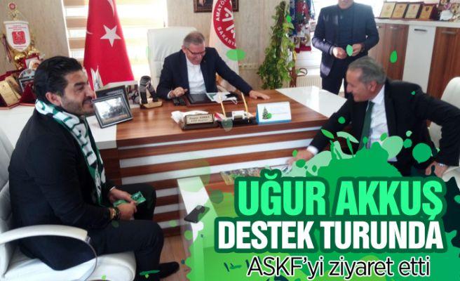 Uğur Akkuş'tan Yaşar Zımba'ya ziyaret!