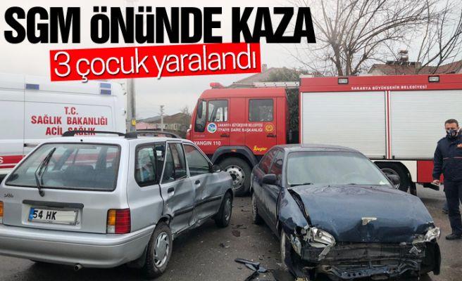 İki otomobil çarpıştı, 3 çocuk yaralandı!