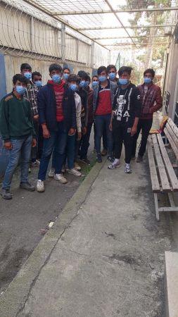TEM'de durdurulan otobüsten 16 düzensiz göçmen çıktı