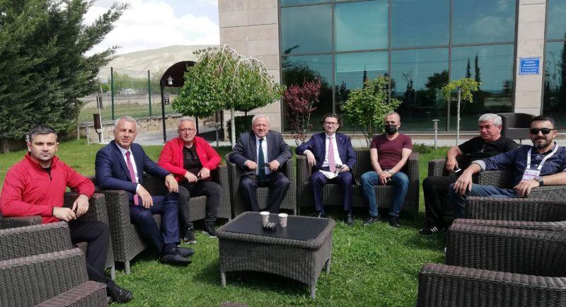 Başkan Babaoğlu Sakaryaspor'u yalnız bırakmadı!