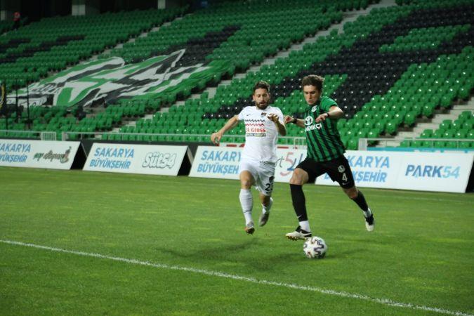 Sakaryaspor yarı finalde
