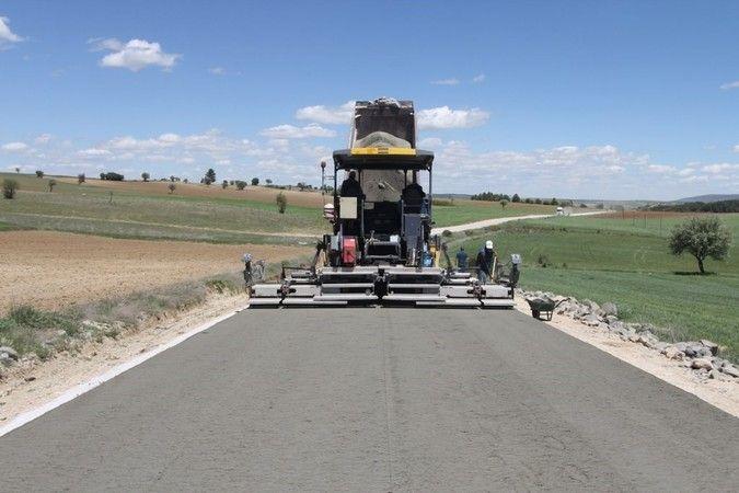 Köy yolu yaptırılacak