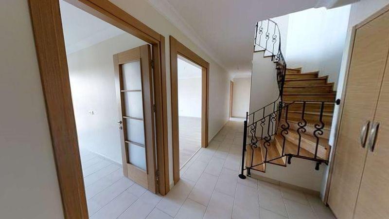133 m² dubleks daire icradan satılık