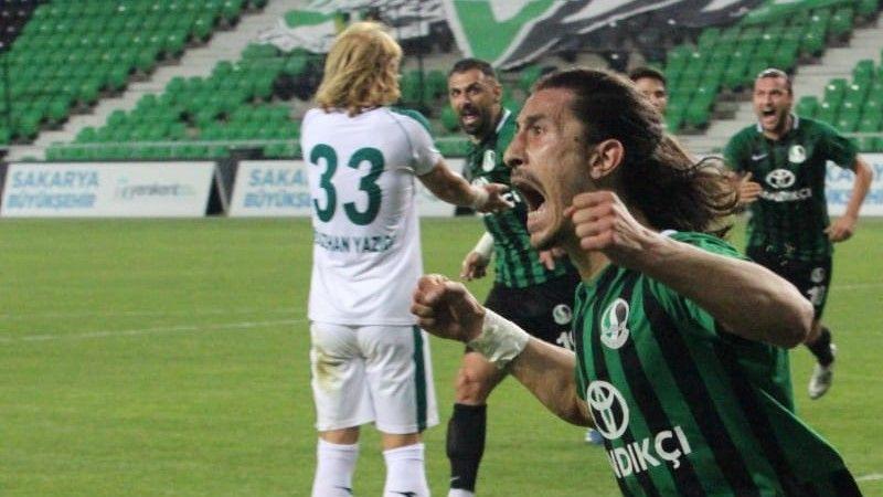 Sakaryaspor'la sözleşmesi bitti… Antalyaspor peşinde!
