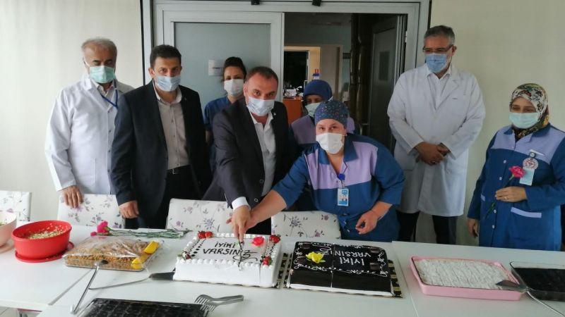 Hastane personeli kendi günlerini kutladı
