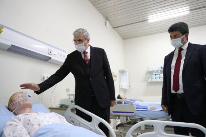 SUBÜ Sağlık Bilimleri Fakültesi'nin laboratuvar açıldı