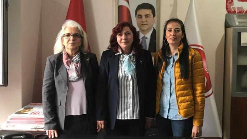 CHP'li ve DP'li kadınlar ziyarette buluştu