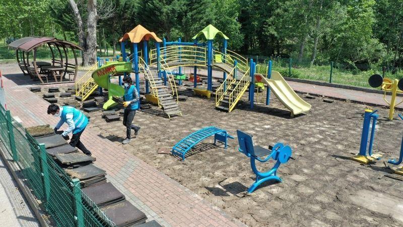 Erenler'de çocuk oyun parkları yenilenecek