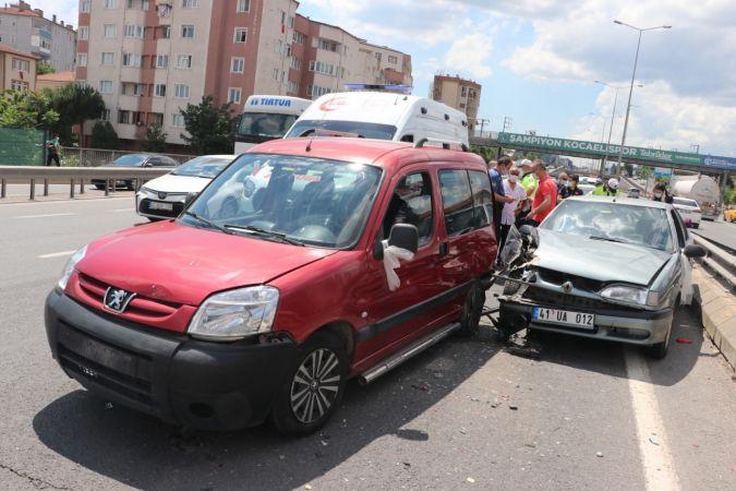 Düğün konvoyunda kaza: Yaralılar var!