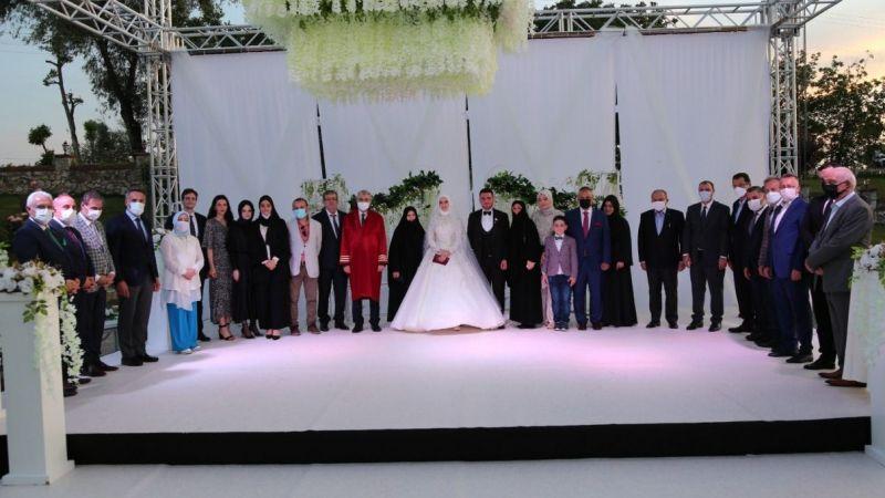 Recep Hacıeyüpoğlu oğlunu evlendirdi