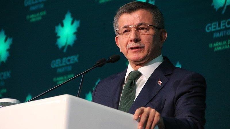 Ahmet Davutoğlu geliyor