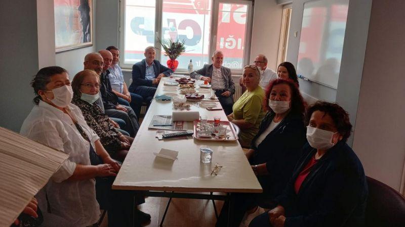 """CHP'den davet: """"Bir kahvenin 40 yıl hatırı var"""""""