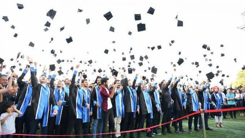 SAÜ öğrencileri için mezuniyet töreni açıklaması