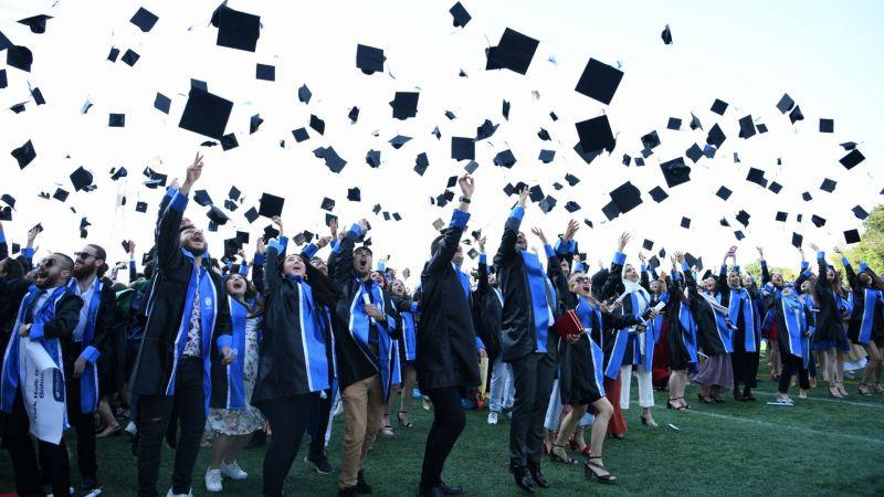 SAÜ'de yüz yüze mezuniyet hazırlığı!
