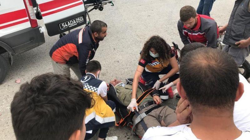 D100'de kamyonet ile motosiklet çarpıştı: 1 yaralı