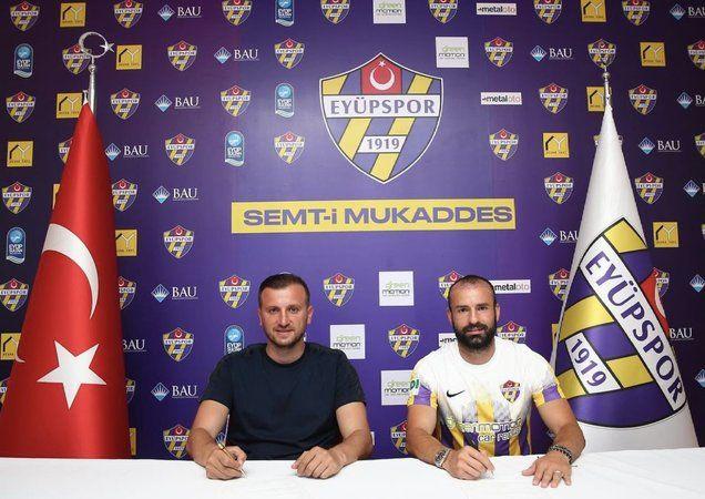 Sakaryalı futbolcu Eyüpspor'a transfer oldu