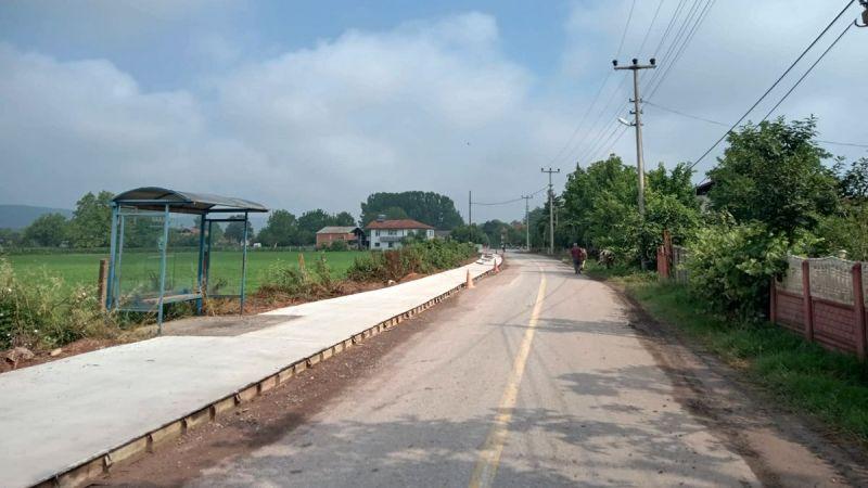 Doğancılar'da beton yaya yolu tamamlandı