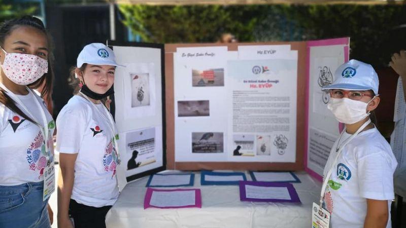 Nuri Bayar Ortaokulu'ndanTÜBİTAK4006 proje sergisi
