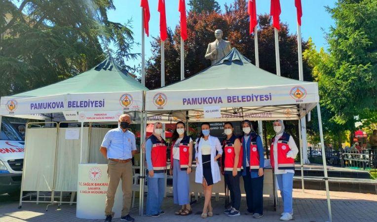 Pamukova'da aşı çadırına yoğun ilgi