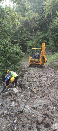 Afet bölgelerinde onarım çalışmaları sürüyor