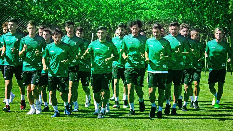 Sakaryaspor'da bir futbolcu pozitif