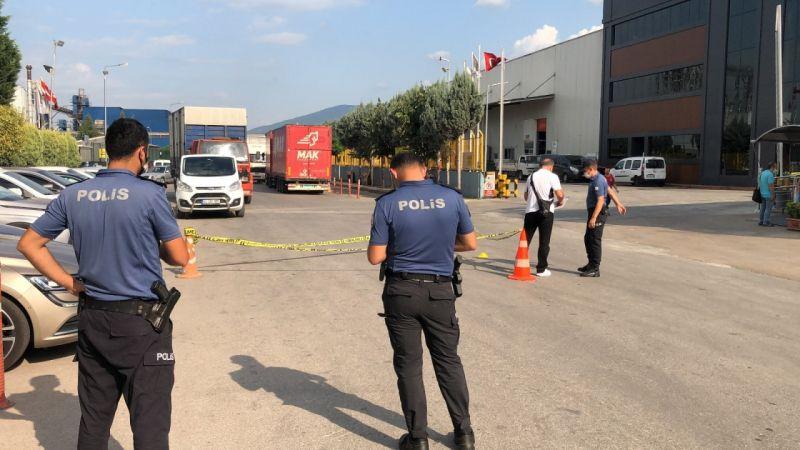 Lastik fabrikası önünde pompalı saldırı!